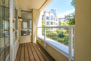 Photo 15: 219 1230 HARO Street in Vancouver: West End VW Condo for sale (Vancouver West)  : MLS®# R2419397