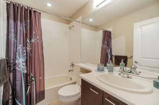 """Photo 16: 28 7348 192A Street in Surrey: Clayton Townhouse for sale in """"Knoll"""" (Cloverdale)  : MLS®# R2423210"""