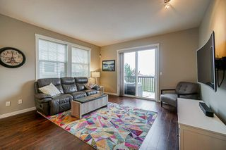 """Photo 3: 28 7348 192A Street in Surrey: Clayton Townhouse for sale in """"Knoll"""" (Cloverdale)  : MLS®# R2423210"""