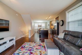 """Photo 5: 28 7348 192A Street in Surrey: Clayton Townhouse for sale in """"Knoll"""" (Cloverdale)  : MLS®# R2423210"""