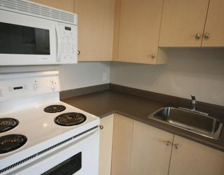 Photo 5: 1120 2371 EVERSYDE Avenue SW in CALGARY: Evergreen Condo for sale (Calgary)  : MLS®# C3391608