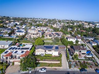 Photo 24: BAY PARK House for sale : 6 bedrooms : 2065 Galveston St in San Diego