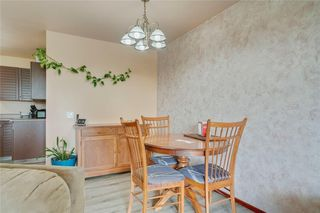 Photo 13: 716 HUNTS Crescent NW in Calgary: Huntington Hills Detached for sale : MLS®# C4299076