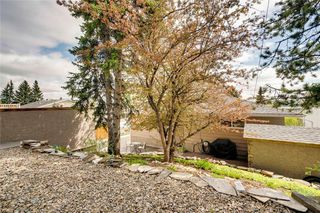 Photo 34: 716 HUNTS Crescent NW in Calgary: Huntington Hills Detached for sale : MLS®# C4299076