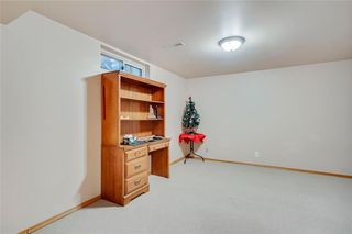 Photo 26: 716 HUNTS Crescent NW in Calgary: Huntington Hills Detached for sale : MLS®# C4299076