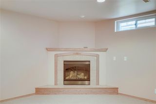 Photo 24: 716 HUNTS Crescent NW in Calgary: Huntington Hills Detached for sale : MLS®# C4299076