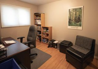Photo 12: 111 Cornwallis Drive NW in Calgary: Cambrian Heights Detached for sale : MLS®# A1019676