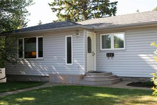 Photo 1: 111 Cornwallis Drive NW in Calgary: Cambrian Heights Detached for sale : MLS®# A1019676