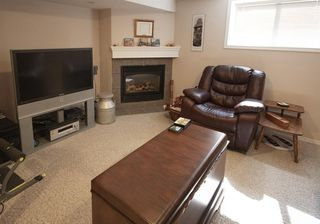Photo 15: 111 Cornwallis Drive NW in Calgary: Cambrian Heights Detached for sale : MLS®# A1019676