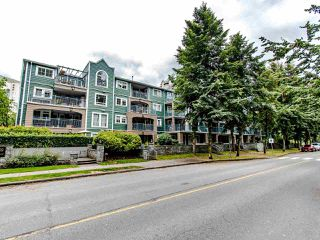 "Photo 2: 109 1189 WESTWOOD Street in Coquitlam: North Coquitlam Condo for sale in ""LAKESIDE TERRACE"" : MLS®# R2483775"