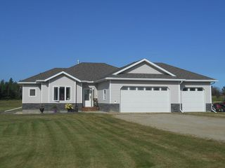 Photo 1: 4 Country Club Estates: Rural Brazeau County House for sale : MLS®# E4212578