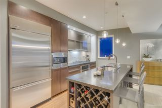 Photo 2: 2937 WALL Street in Vancouver: Hastings Sunrise Townhouse for sale (Vancouver East)  : MLS®# R2503032