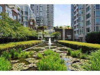 "Photo 30: 1201 1501 HOWE Street in Vancouver: Yaletown Condo for sale in ""Ocean Tower at 888 Beach"" (Vancouver West)  : MLS®# R2506028"