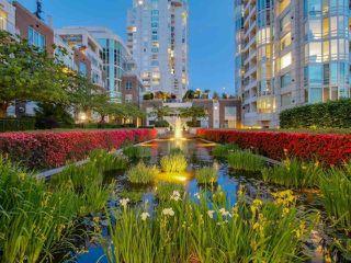 "Photo 31: 1201 1501 HOWE Street in Vancouver: Yaletown Condo for sale in ""Ocean Tower at 888 Beach"" (Vancouver West)  : MLS®# R2506028"
