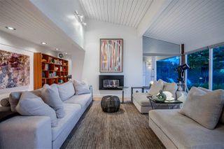 Photo 2: 218 CENTENNIAL PARKWAY in Delta: Boundary Beach House for sale (Tsawwassen)  : MLS®# R2494671