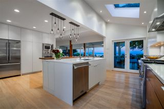 Photo 5: 218 CENTENNIAL PARKWAY in Delta: Boundary Beach House for sale (Tsawwassen)  : MLS®# R2494671