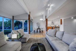 Photo 3: 218 CENTENNIAL PARKWAY in Delta: Boundary Beach House for sale (Tsawwassen)  : MLS®# R2494671