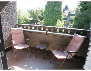 "Photo 10: 2007 W 13TH Avenue in Vancouver: Kitsilano House 1/2 Duplex for sale in ""THE MAPLES"" (Vancouver West)"