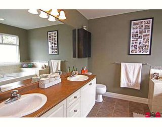 "Photo 9: 6814 198B Street in Langley: Willoughby Heights House for sale in ""ROUTELY WYND"""