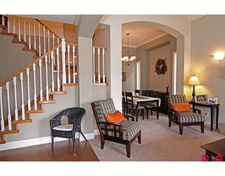"Photo 3: 6814 198B Street in Langley: Willoughby Heights House for sale in ""ROUTELY WYND"""