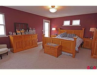 "Photo 5: 6814 198B Street in Langley: Willoughby Heights House for sale in ""ROUTELY WYND"""