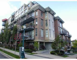 "Photo 1: 405 2635 PRINCE EDWARD Street in Vancouver: Mount Pleasant VE Condo for sale in ""SOMA LOFTS"" (Vancouver East)  : MLS®# V762416"