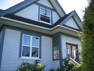Photo 1: 57 East King Edward in Vancouver: Home for sale : MLS®# v658969