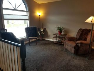 Photo 2: 5311 63 Street: Redwater House for sale : MLS®# E4197439