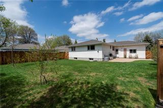 Photo 33: 14 McDowell Drive in Winnipeg: Charleswood Residential for sale (1G)  : MLS®# 202011526