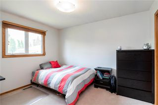 Photo 18: 14 McDowell Drive in Winnipeg: Charleswood Residential for sale (1G)  : MLS®# 202011526