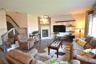 Photo 2: 218 Stan Bailie Drive in Winnipeg: South Pointe Residential for sale (1R)  : MLS®# 202011570