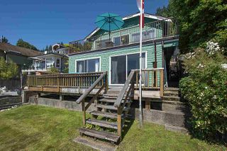 Photo 4: 2582 PANORAMA Drive in North Vancouver: Deep Cove House for sale : MLS®# R2477982