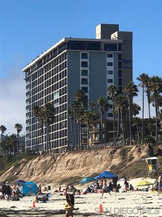 Main Photo: PACIFIC BEACH Condo for sale : 2 bedrooms : 4767 Ocean Blvd. #801 in San Diego