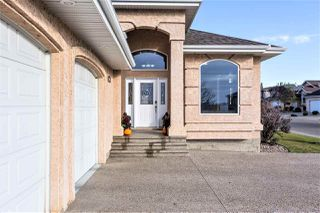 Photo 2: 9304 157 Avenue in Edmonton: Zone 28 House for sale : MLS®# E4217649