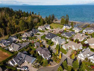 Photo 5: 846 Bluffs Dr in : PQ Qualicum Beach House for sale (Parksville/Qualicum)  : MLS®# 858401