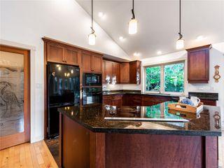 Photo 12: 846 Bluffs Dr in : PQ Qualicum Beach House for sale (Parksville/Qualicum)  : MLS®# 858401