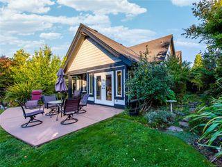 Photo 19: 846 Bluffs Dr in : PQ Qualicum Beach House for sale (Parksville/Qualicum)  : MLS®# 858401