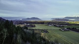 """Photo 39: 6251 REXFORD Drive in Chilliwack: Promontory House for sale in """"JINKERSON VISTAS"""" (Sardis)  : MLS®# R2527635"""