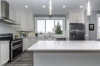 """Photo 11: 6251 REXFORD Drive in Chilliwack: Promontory House for sale in """"JINKERSON VISTAS"""" (Sardis)  : MLS®# R2527635"""