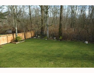 "Photo 10: 3952 ST THOMAS Street in Port Coquitlam: Lincoln Park PQ House for sale in ""LINCOLN PARK"" : MLS®# V810144"