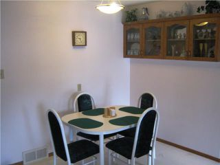 Photo 7: 889 London Street in WINNIPEG: East Kildonan Residential for sale (North East Winnipeg)  : MLS®# 1007629