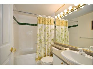 """Photo 7: 208 688 E 16TH Avenue in Vancouver: Fraser VE Condo for sale in """"VINTAGE EAST SIDE"""" (Vancouver East)  : MLS®# V850110"""