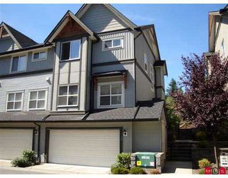 "Photo 2: 90 8737 161ST ST in Surrey: Fleetwood Tynehead Townhouse for sale in ""Board Walk"" : MLS®# F2618703"