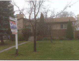 Photo 1: 500 SHELLEY Street in WINNIPEG: Westwood / Crestview Residential for sale (West Winnipeg)  : MLS®# 2820027