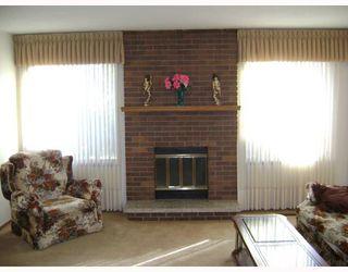 Photo 2: 500 SHELLEY Street in WINNIPEG: Westwood / Crestview Residential for sale (West Winnipeg)  : MLS®# 2820027