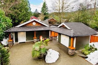 Photo 8: 1943 ROCKCLIFF Road in North_Vancouver: Deep Cove House for sale (North Vancouver)  : MLS®# V751043