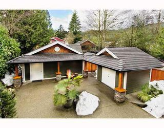 Photo 24: 1943 ROCKCLIFF Road in North_Vancouver: Deep Cove House for sale (North Vancouver)  : MLS®# V751043