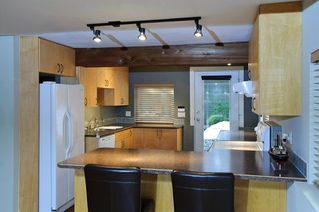 Photo 15: 1943 ROCKCLIFF Road in North_Vancouver: Deep Cove House for sale (North Vancouver)  : MLS®# V751043