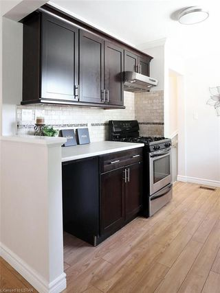 Photo 11: 481 MOORE Street in London: South F Residential for sale (South)  : MLS®# 210435