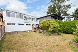Photo 18: 15754 BUENA VISTA Avenue: White Rock House for sale (South Surrey White Rock)  : MLS®# R2391499